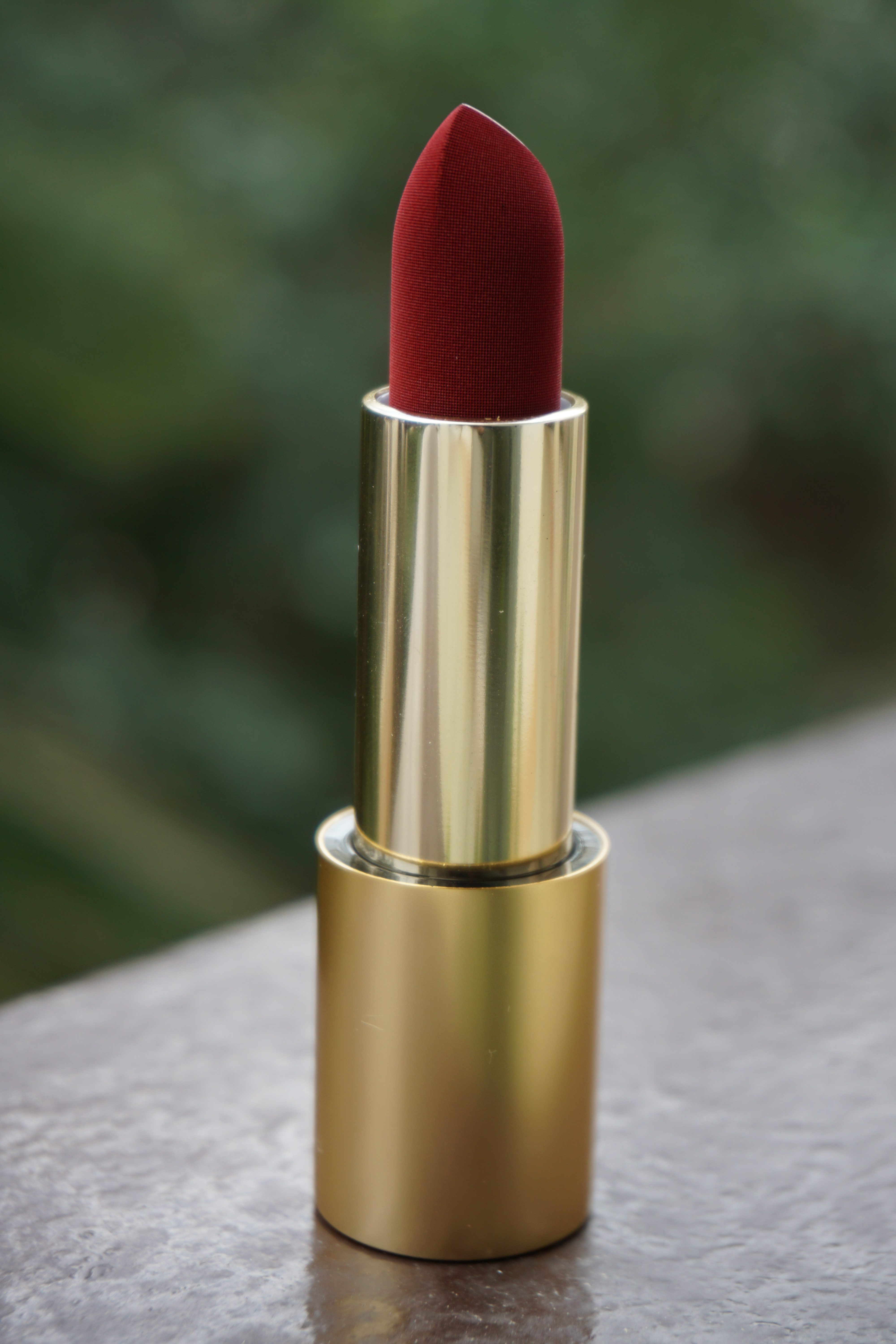Velvet Jazz Lisa Eldridge Bullet