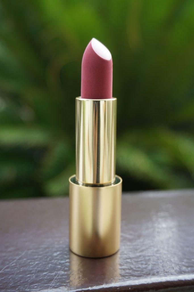 Velvet Beauty Lipstick Bullet