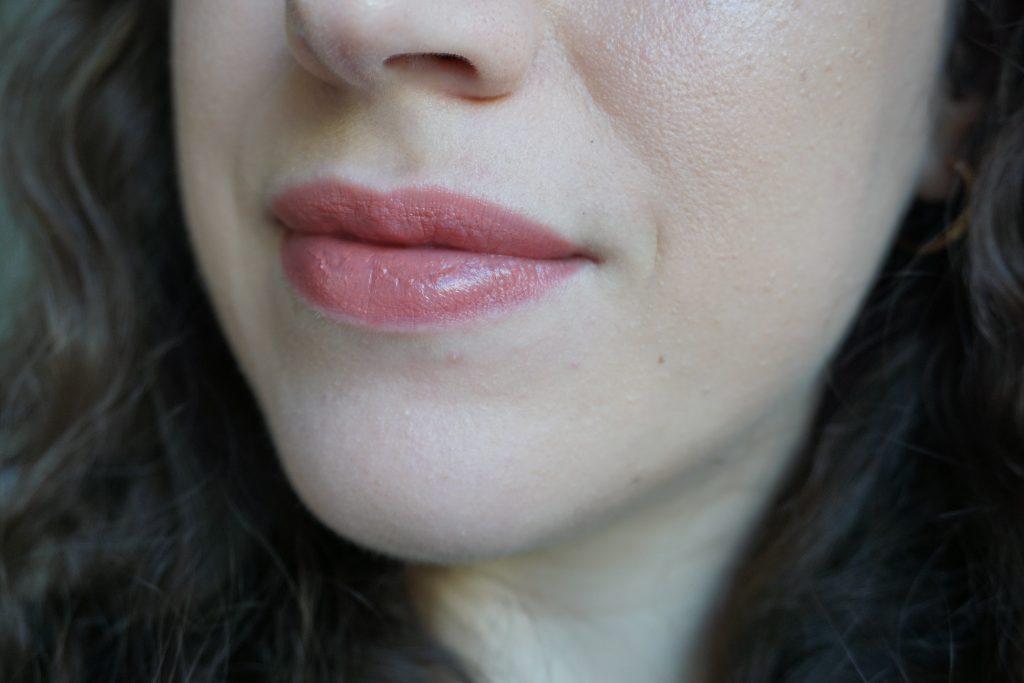 Lisa Eldridge Lucent lipstick in Kitten MIschief